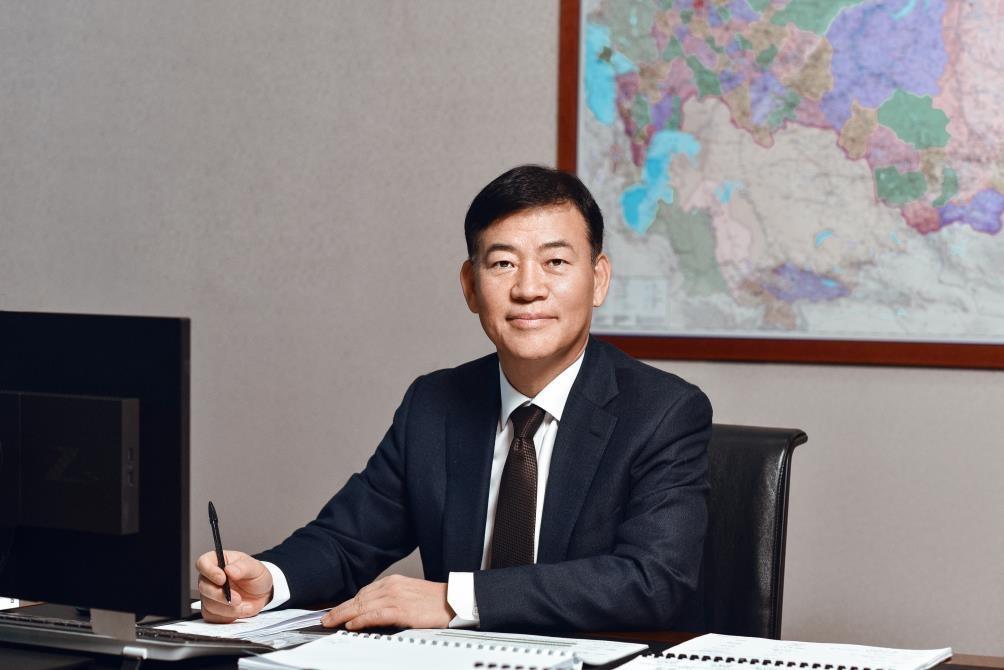 г-н Сон Кёнгсу